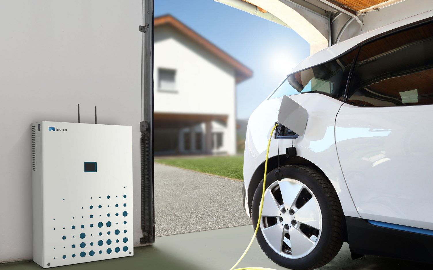 The shift to electrification of vehicles is one of several factors putting pressure on the grid that VPPs can help alleviate. Image: Moixa