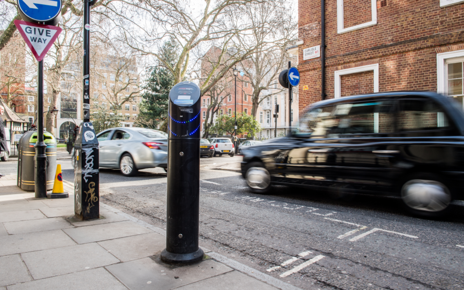 There are now over 9,000 chargepoints in London, the east and south ease. Image: UKPN