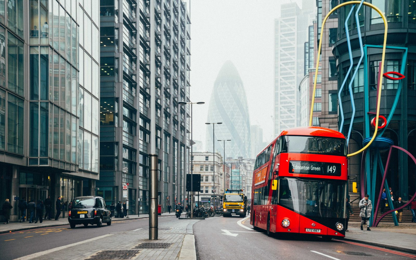 The Mayor of London is aiming to transition the city' 9,000 buses into a 'zero-tailpipe emission fleet.'