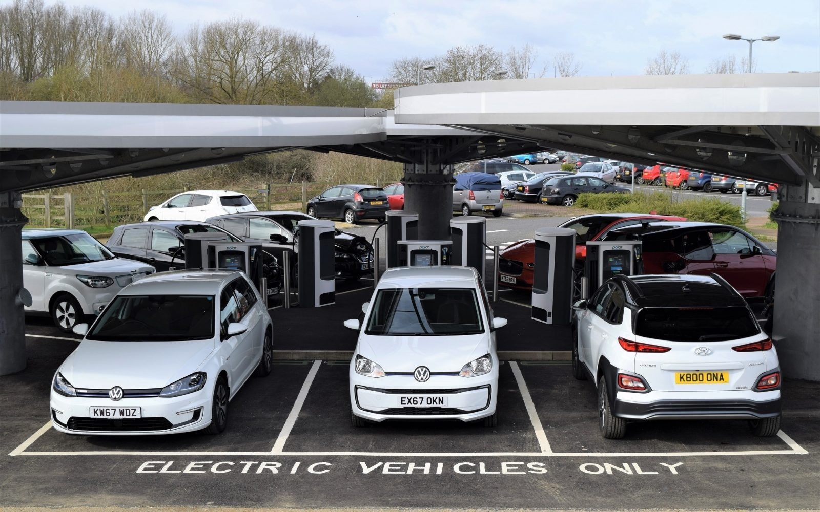 A rapid charging hub owned and operated by BP Chargemaster. Image: BP Chargemaster.