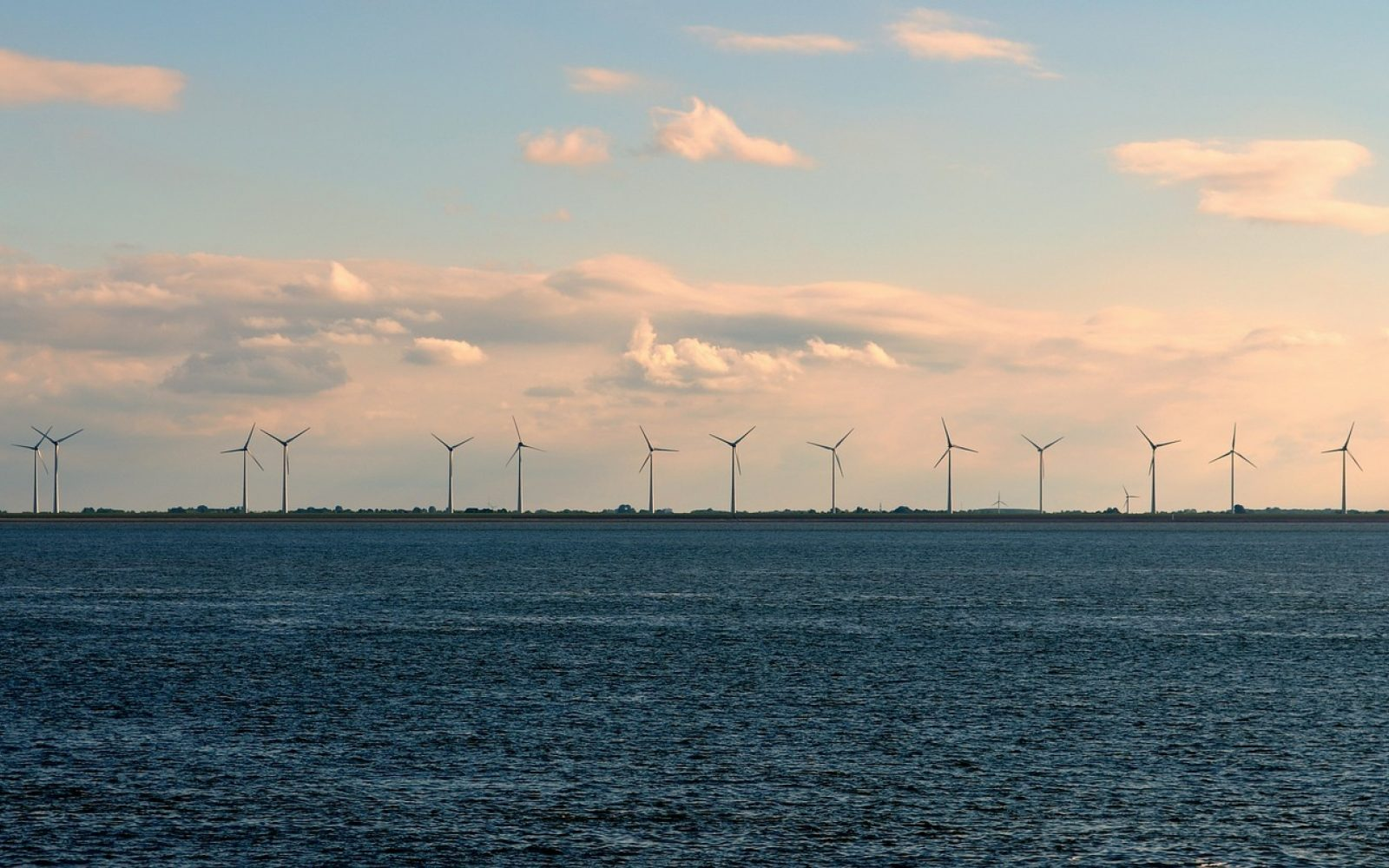 The UK must aim for at least 50% renewable generation by 2050.