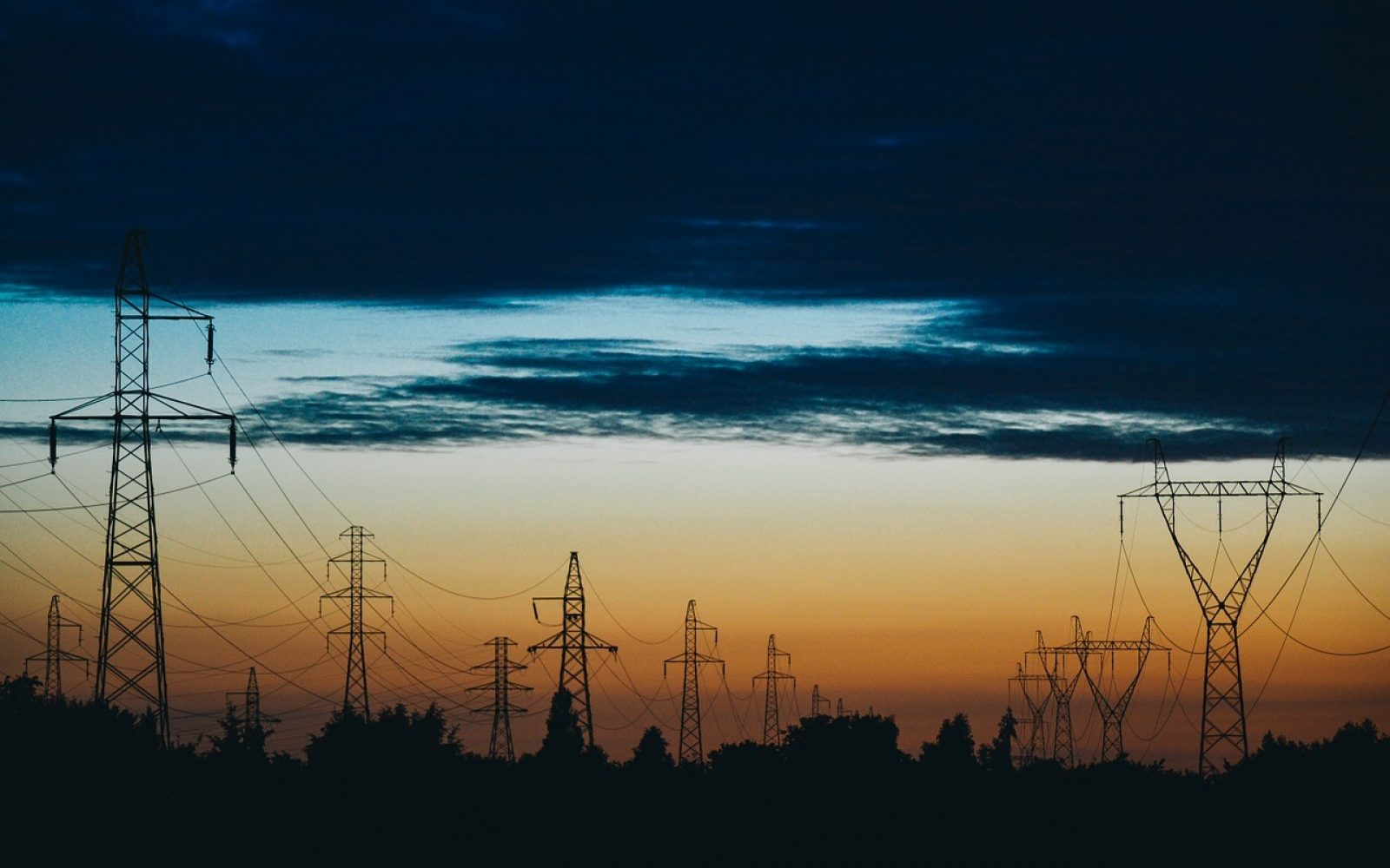 Wholesale power costs fell by £488 million during the COVID-19 lockdown.