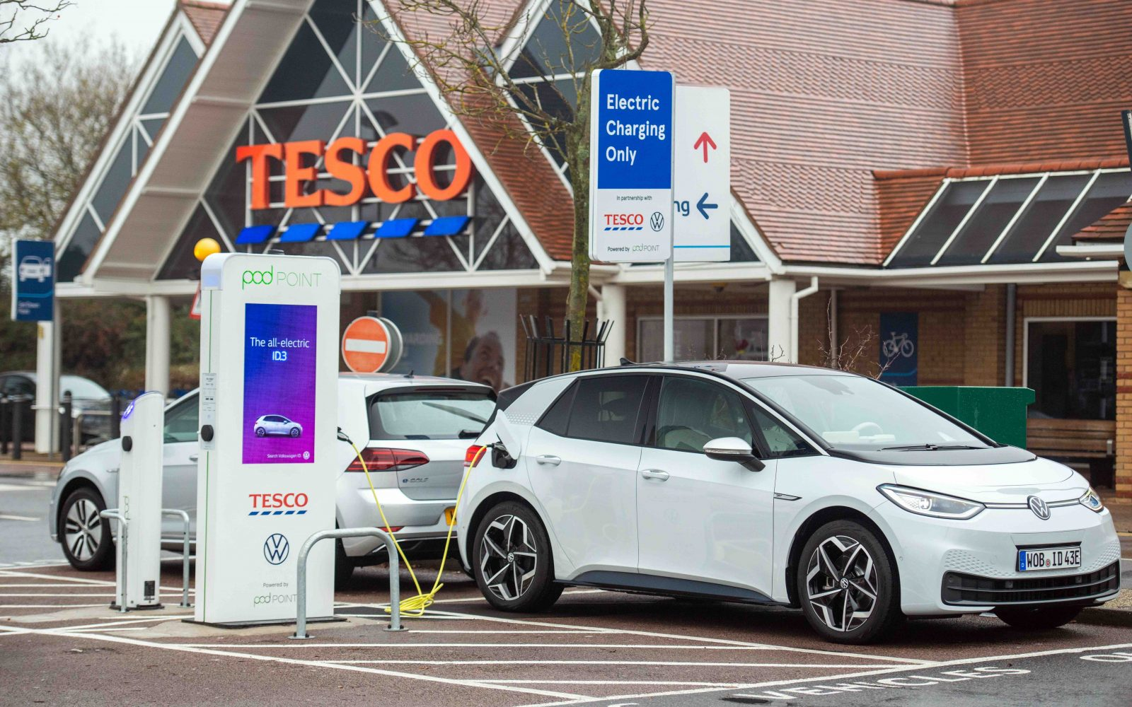 Image: Tesco/Pod Point