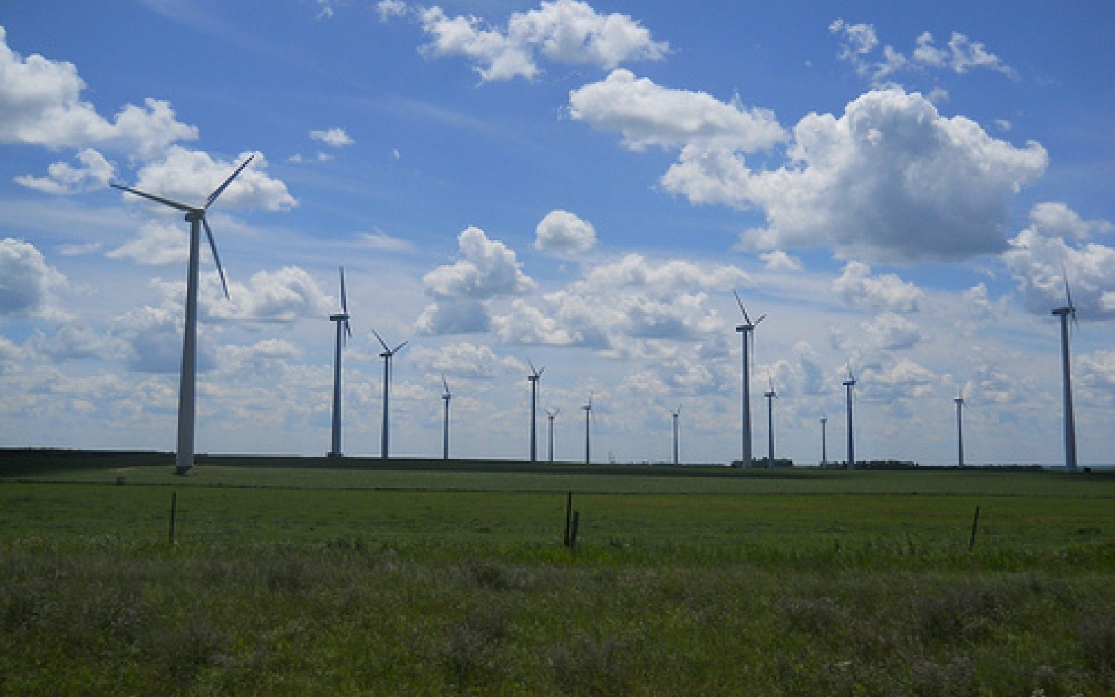 Government to close RO support for onshore wind in April 2016