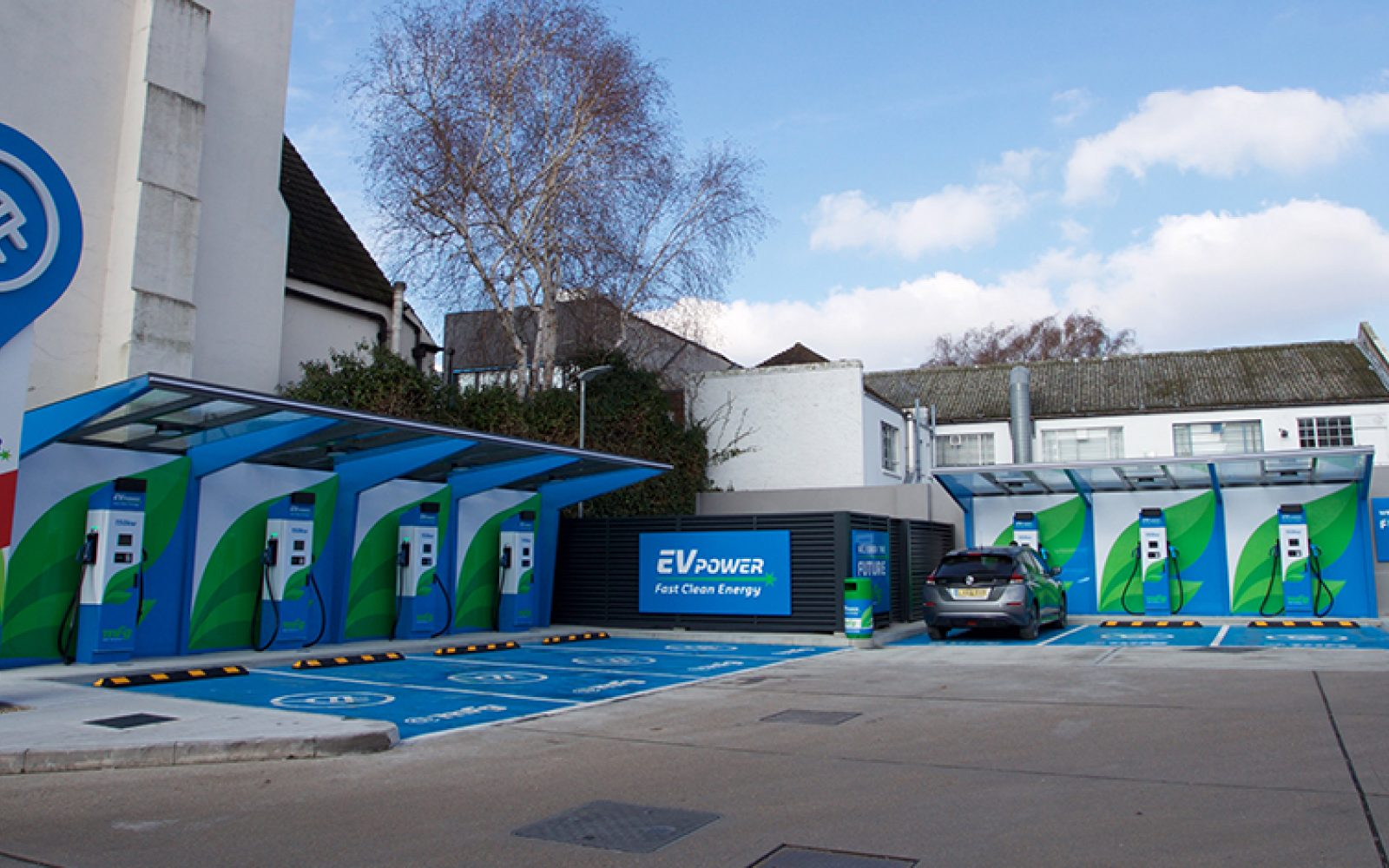MFG's charging network currently consists of over 40 rapid and ultra-rapid charging devices. Image: MFG