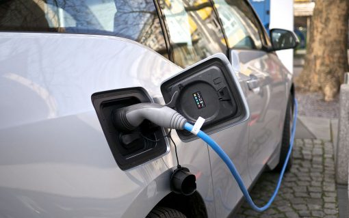 More than 740,000 electric cars on the road, according to report